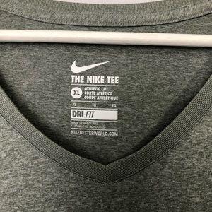 Nike Tops - Women's The Nike Tee T-shir Size:  XL